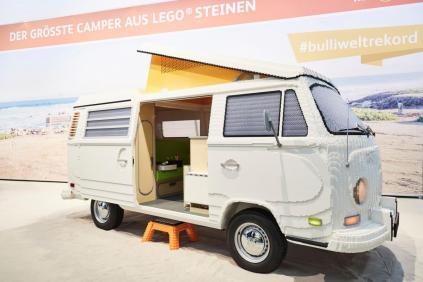 lego-volkswagen-transporter-t2- (2)