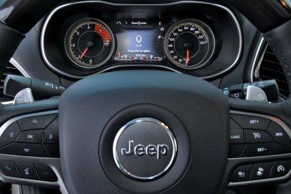 test-2019-jeep-cherokee-22-multijet-200k-4x4-at- (27)