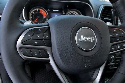 test-2019-jeep-cherokee-22-multijet-200k-4x4-at- (28)
