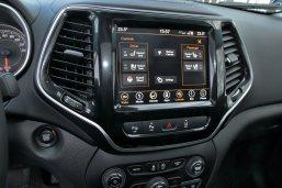 test-2019-jeep-cherokee-22-multijet-200k-4x4-at- (32)
