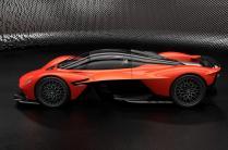 Aston-Martin-Valkyrie 3
