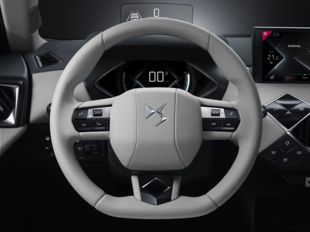 DS3-CROSSBACK-E-TENSE- (12)