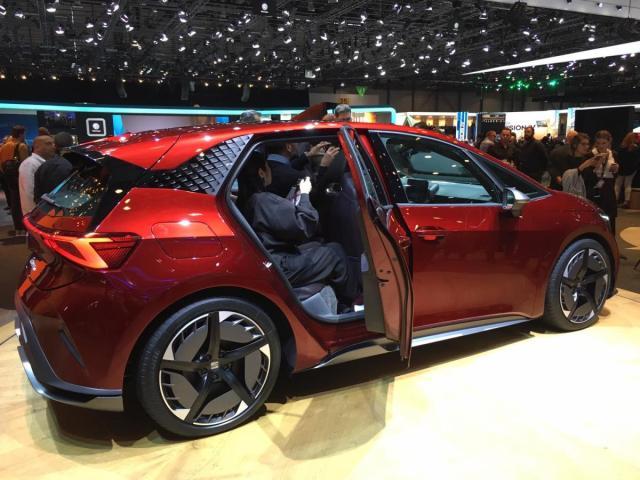 koncept-seat-el-born-elektromobil-2