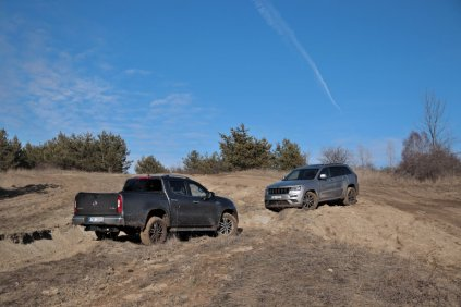 test-2019-jeep-grand-cherokee-30-crd-8at-4x4- (44)