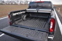 test-2019-mercedes-benz-x-350-d-4matic-pick-up- (34)
