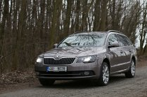 test-ojetiny-2014-skoda-superb-combi-20-tdi-103-kw-4x4-6MT- (2)