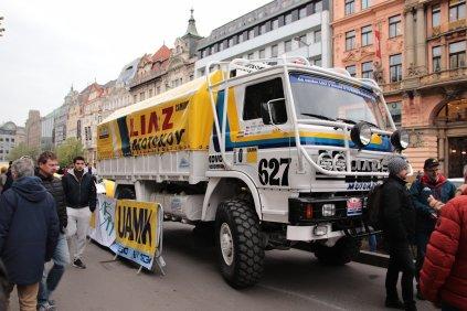2019-duben-rallye-prague-revival-start-vaclavske-namesti- (1)