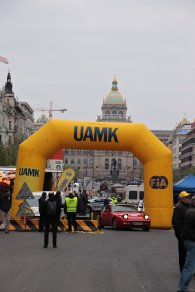 2019-duben-rallye-prague-revival-start-vaclavske-namesti- (74)
