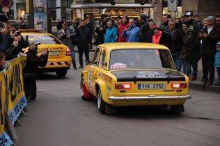 2019-duben-rallye-prague-revival-start-vaclavske-namesti- (94)