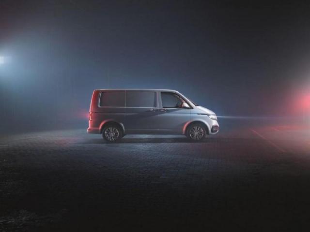 2019-volkswagen-transporter-t6_1- (2)