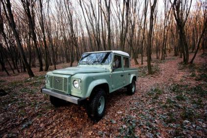 Land Rover Defender Land Serwis (1)