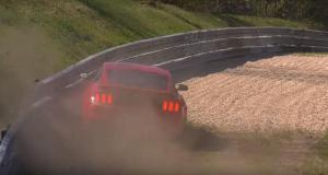 ford-mustang-shelby-gt350-nehoda-na-nurburgringu- (5)