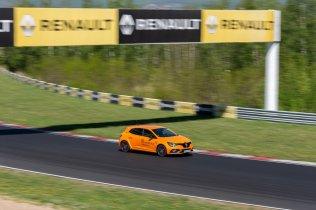 prvni-jizda-2019-renault-megane-rs-trophy-autodrom-most- (6)