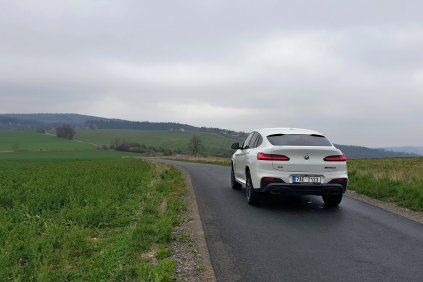 test-2019-bmw-x4-m40d-xdrive- (12)