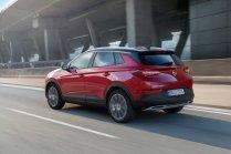 2020-Opel-Grandland-X-Hybrid4- (4)