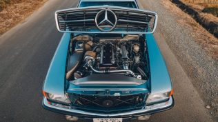 Mercedes-Benz-450-SLC-motor-Toyota-Supra- (5)