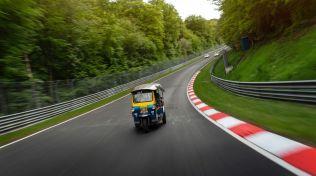 TukTuk-rekord-nurburgring- (2)