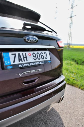 test-2019-ford-edge-vignale-20-tdci-238k-awd-8at- (17)