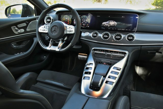test-mercedes-amg-gt-63-s-4matic-4dverove-kupe- (4)