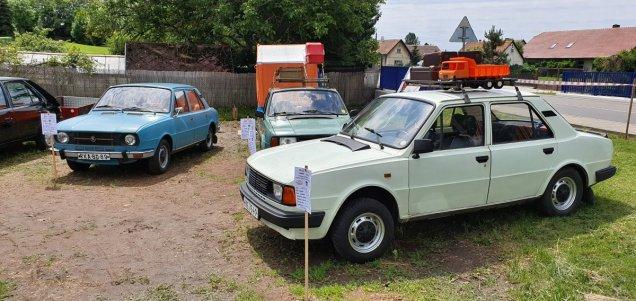 2019-8_cerven-jawa-sraz-ledce-auta- (3)
