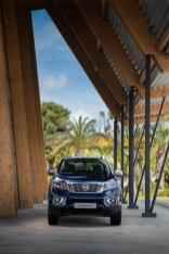 2019-Nissan-Navara-FL- (10)