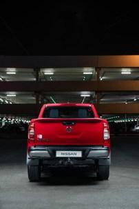 2019-Nissan-Navara-FL- (4)