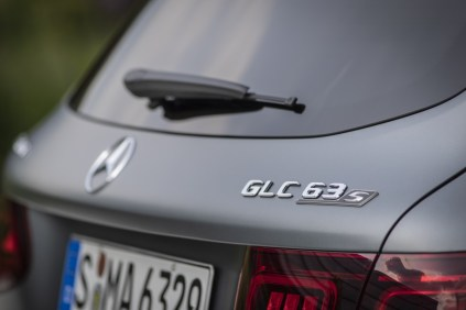 2019-facelift-mercedes-amg-glc-63-s-4matic- (8)