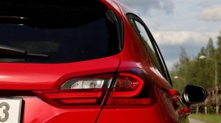 Test-2019-Ford-Fiesta-ST-Line-Red-Edition-10-EcoBoost-103-kW- (19)