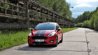 Test-2019-Ford-Fiesta-ST-Line-Red-Edition-10-EcoBoost-103-kW- (8)