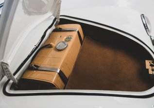 rm-sothebys-porsche-356-limuzina-taj-ma-garaj-prodej- (16)