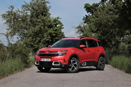 test-2019-citroen-c5-aircross-20-hdi-180-at- (12)