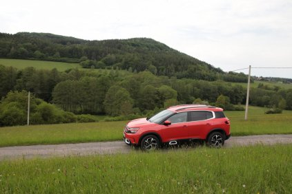 test-2019-citroen-c5-aircross-20-hdi-180-at- (9)