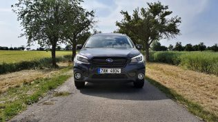 test-2019-subaru-outback-es-edition-x-25-lineartronic- (4)