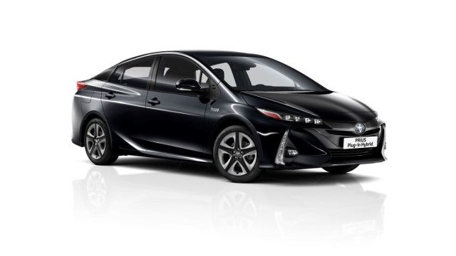 2019-Toyota-Prius-Plug-in- (1)