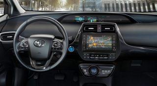 2019-Toyota-Prius-Plug-in- (2)