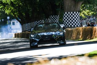 2019-goodwood-lexus-lc-convertible- (18)