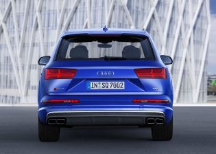 2020-Audi-SQ7-TDI- (4)