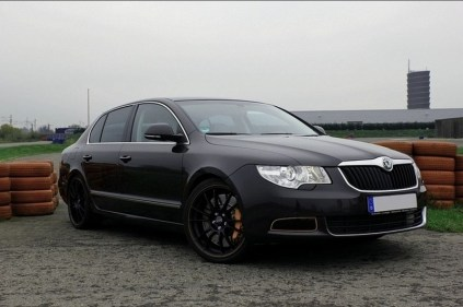 Skoda-Superb-Rothe-Motorsport-tuning-01