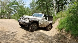 test-2019-jeep-wrangler-rubicon- 2D- (72)