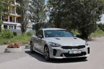 test-2019-kia-stinger-gt-v6-33-t-gdi-8at-4x4- (6)