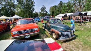 2019-sraz-americkych-aut-hradecka-V8- (2)
