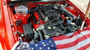 2019-sraz-americkych-aut-hradecka-V8- (39)