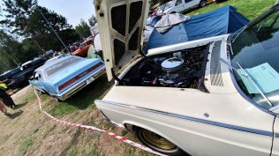 2019-sraz-americkych-aut-hradecka-V8- (58)