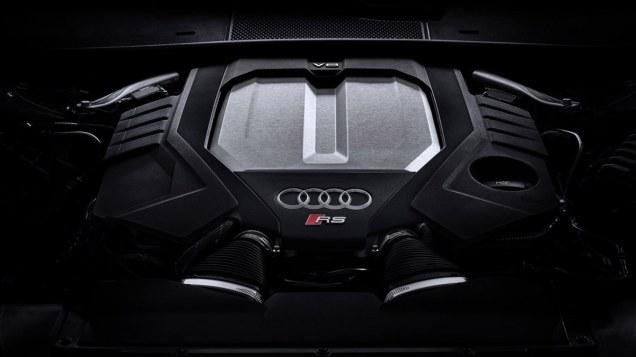 2020-Audi-RS6-Avant-C8- (6)