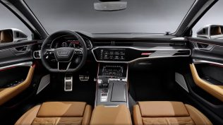 2020-Audi-RS6-Avant-C8- (7)
