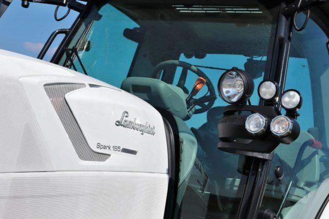 prvni-jizda-traktor-Lamborghini-Spark-165-RC-Shift- (11)