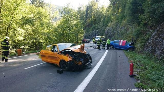 nehoda ford mustang (10)