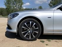 test-2019-mercedes-benz-e300de-kombi-plug-in-hybrid- (15)