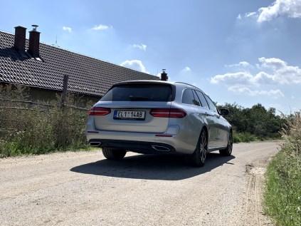 test-2019-mercedes-benz-e300de-kombi-plug-in-hybrid- (9)
