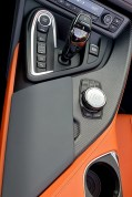 test-2019-plug-in-hybridu-bmw-i8-roadster- (37)